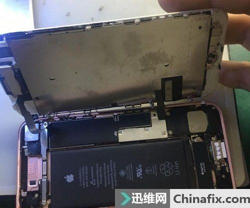 iPhone 7手机开不了机故障维修