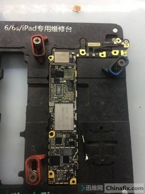 苹果iphone6手机进水无法开机故障维修案例