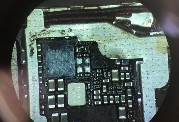 iPhone6S开机漏电故障维修