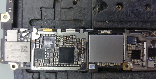 爆摔6S手机不开机,喇叭听筒无声,无后摄,待机漏电维修