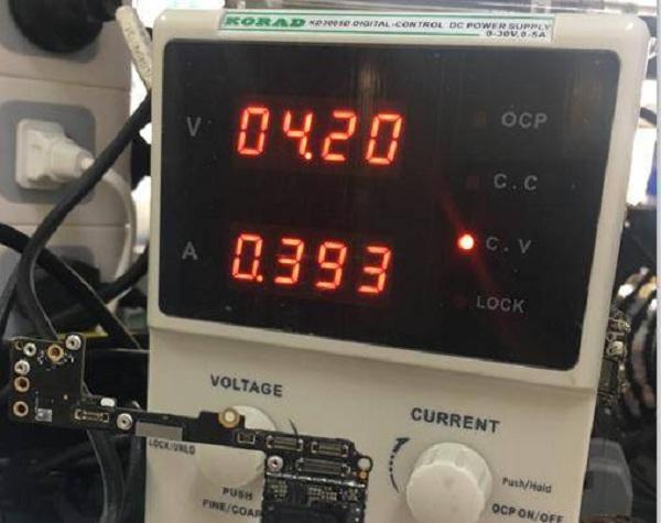 iphone7p不开机加电漏电400MA维修案列