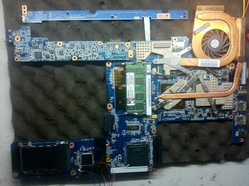 SONY PCG5K1T开机不显示故障维修