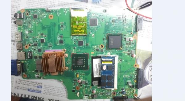 东芝英业达代工6050a2250201 3.3V跳变故障维修
