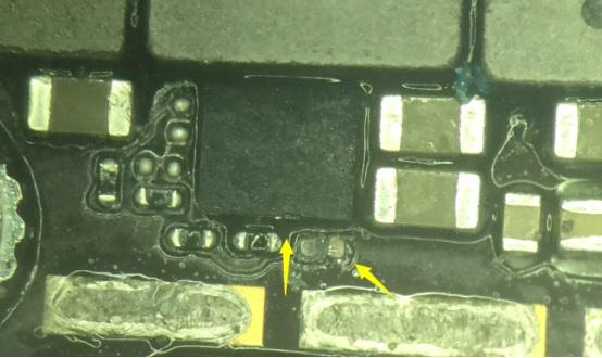 iPhone6 Plus手机开机黑屏不显示维修